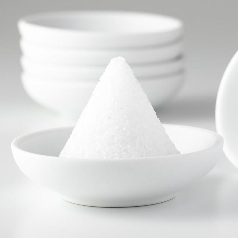 円錐盛り塩